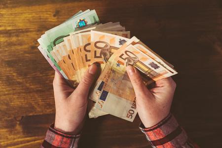 быстрые кредиты в Латвии